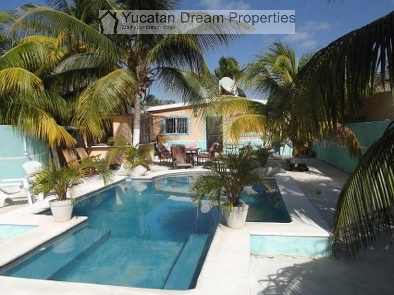 Designer Beachhouse Chelem + pool  New Price!!!