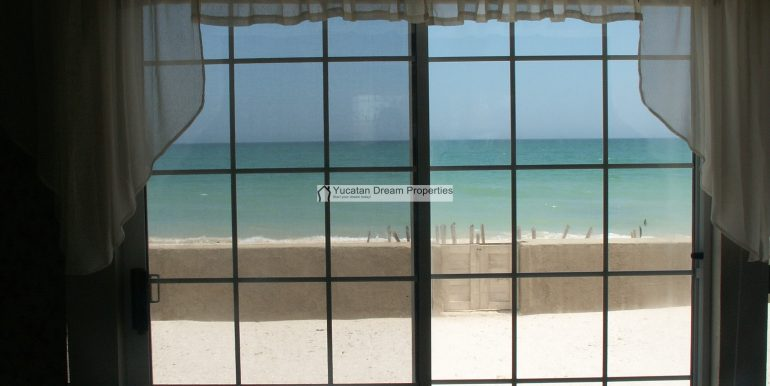 08-View-from-the-Great-Room-Chelem-Mexico-800x600