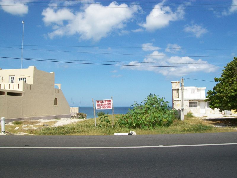 Chelem Ocean front lot