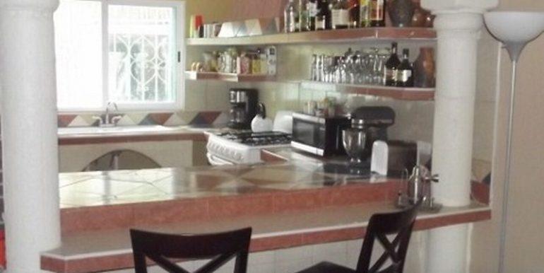 12-Kitchen-Bar-480x360-800x600