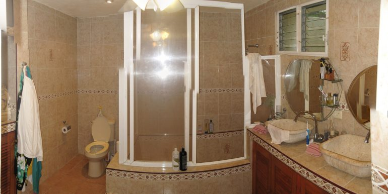 Bathroom-1-800x600