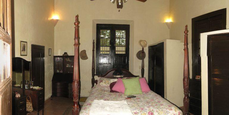 Bedroom-1-800x600