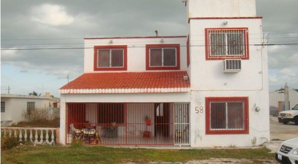 House with ocean view Progreso