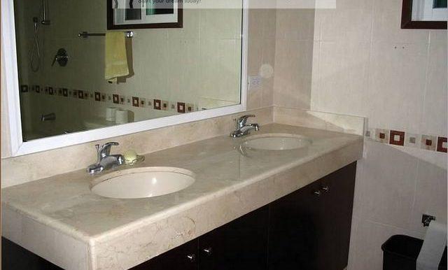 bathroom-800x600-web