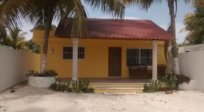 1 Casa Amarillo - Frt