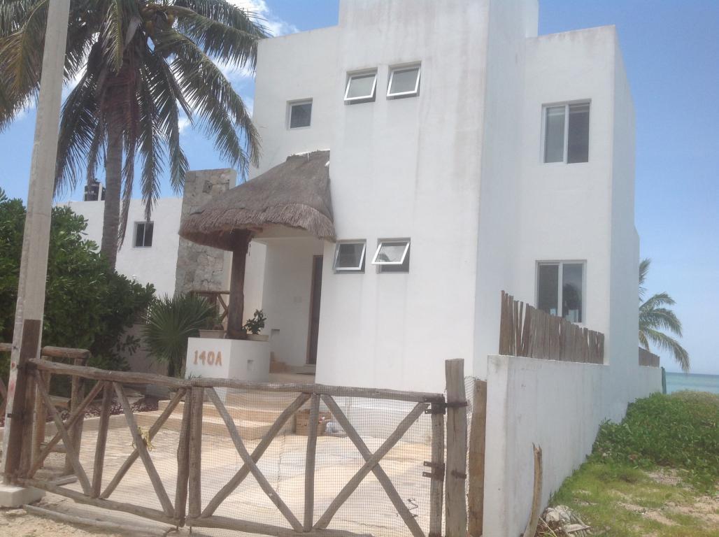 Gorgeous Beach House in Santa Clara
