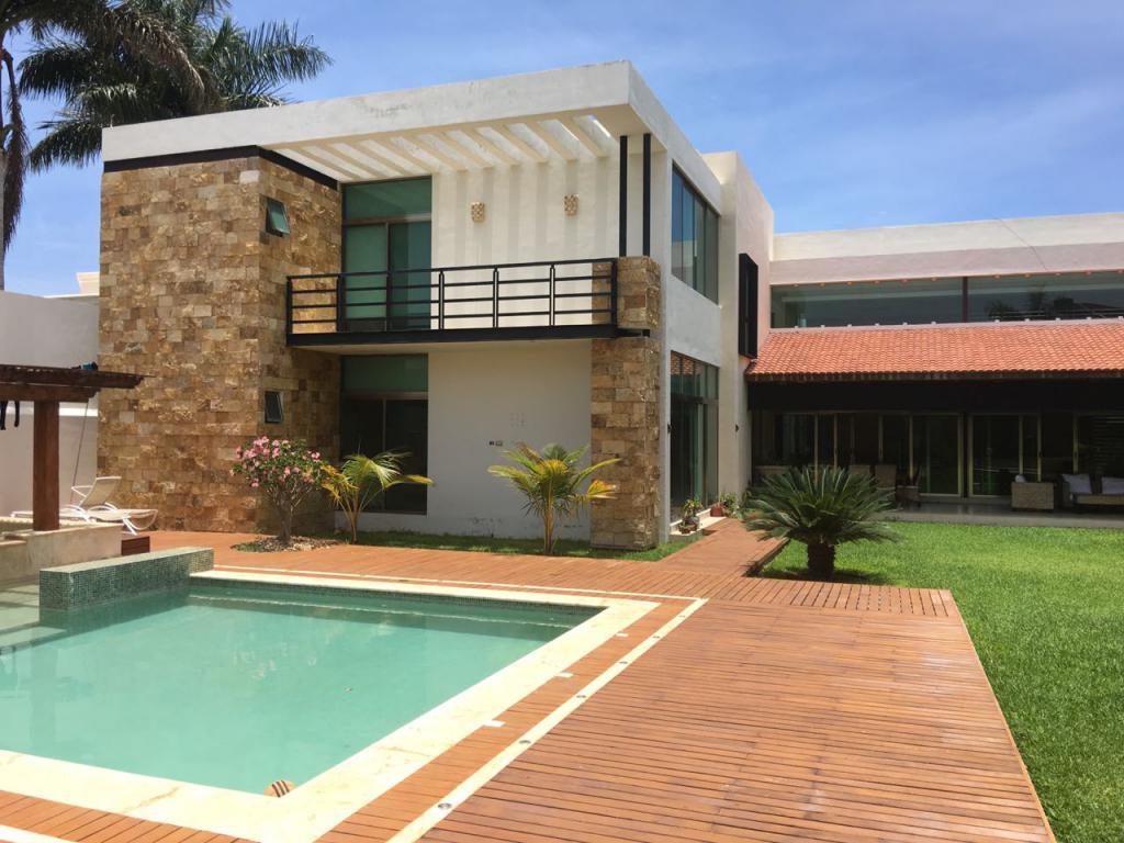 Glamorosa residencia con magnifica ubicación en Benito Juarez Norte